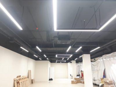 Освещение коворкинга светильниками BLIXT LINE