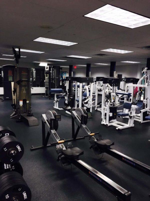 так фото спортивного клуба залы нет такой развитой